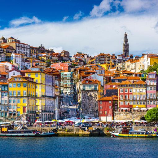 Купить дешевые авиабилеты в Португалию