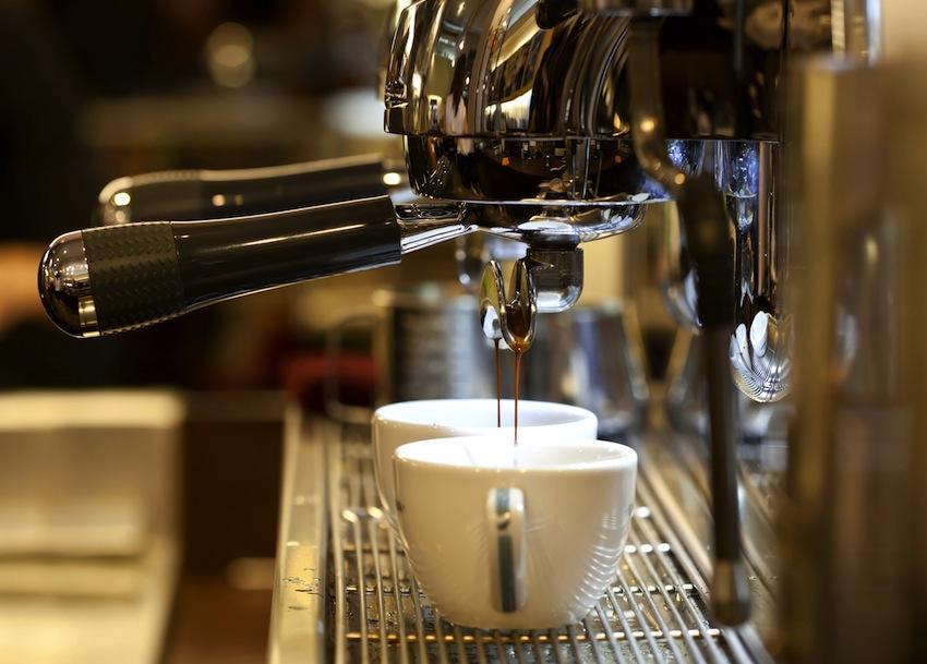 Бесплатная аренда кофемашин при заказе кофе